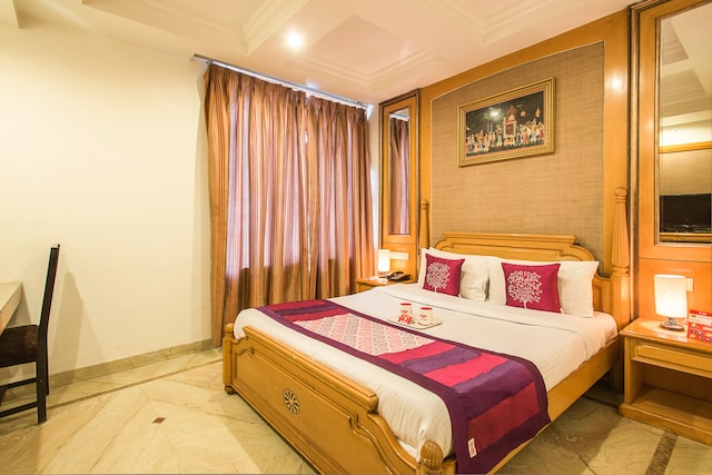 OYO Rooms 237 Sindhi Camp Metro Station