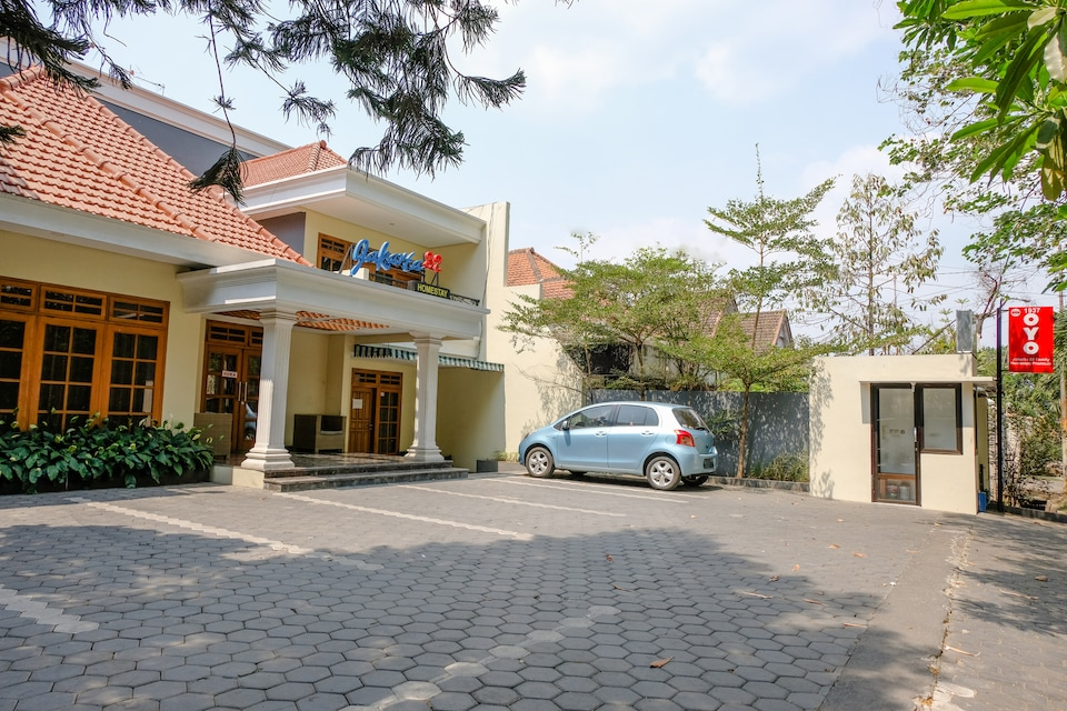 OYO 1937 Jakarta 32 Family Homestay