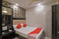 OYO 5171 Hotel Palace Residency