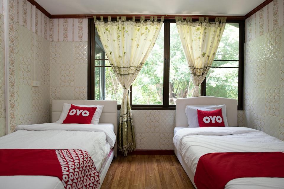 OYO 402 Raknatee Resort