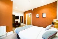 OYO Imperial Hotel
