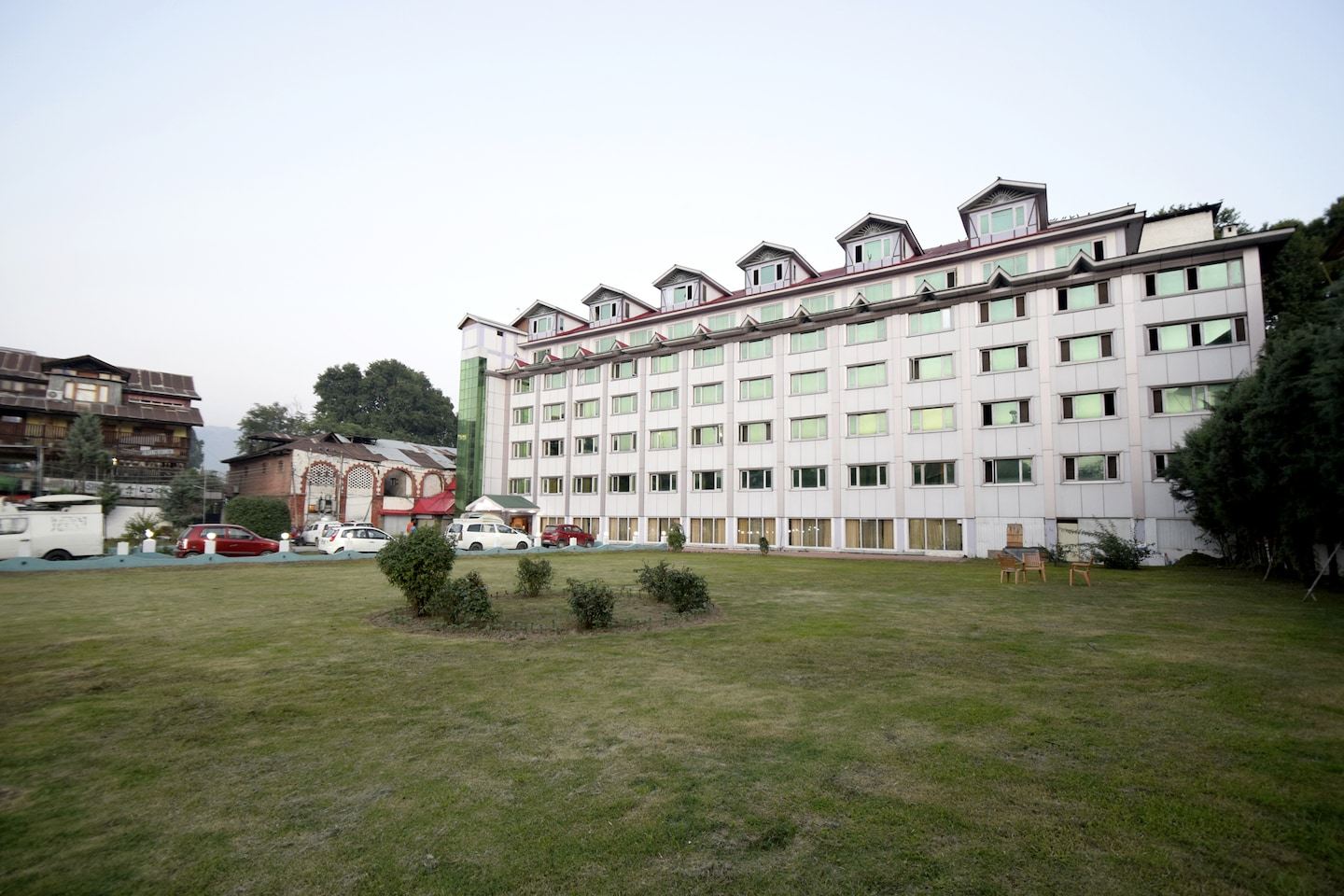 OYO 5174 Hotel Pamposh -1