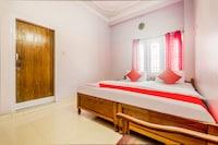 OYO 63946 Kritika's Hotel