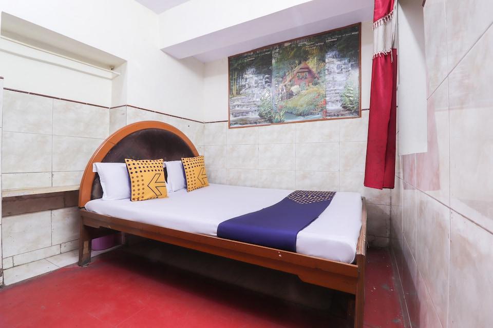 SPOT ON 63965 Hotel Zeal