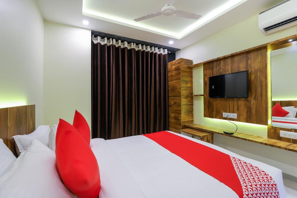 OYO 64029 Hotel Phoenix