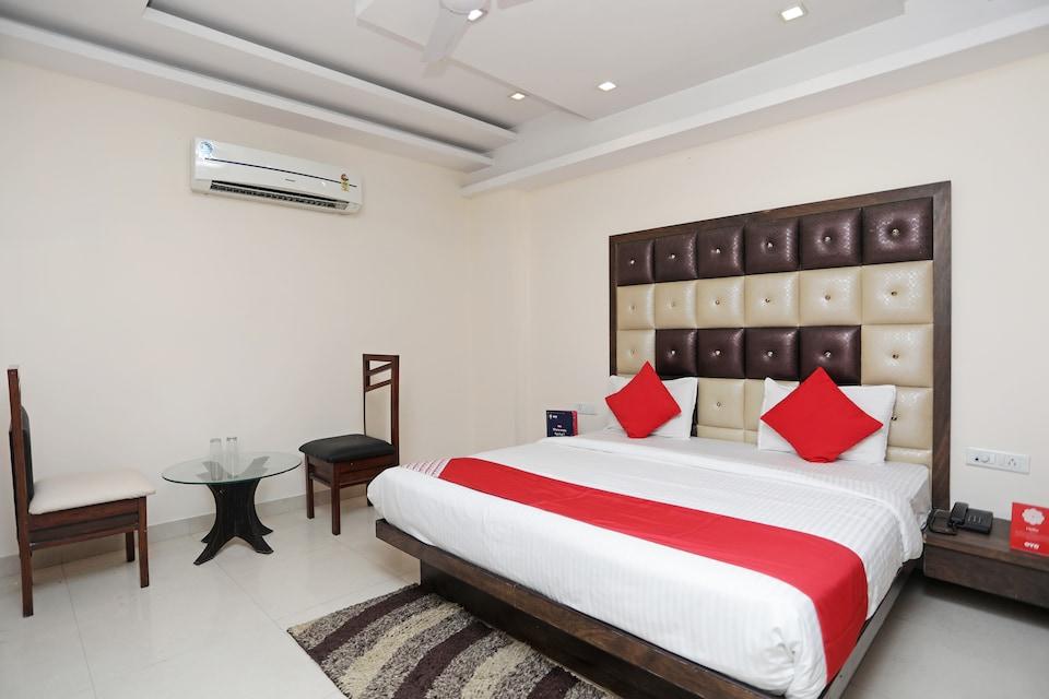 OYO 5183 Hotel Subhadra Residency, Meerut, Meerut