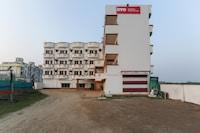 OYO Flagship 64039 Reshmi Plaza