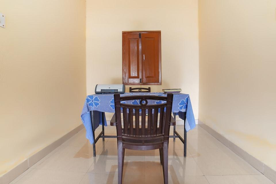 SPOT ON 64042 Udai Palace & Banquet Hall