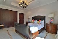 OYO 361 Home 6BHK Villa K50 Palm Jumeirah