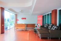 OYO 410 Diamond Boutique Hostel