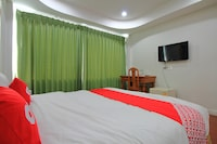 OYO 410 Diamond Boutique Hostel