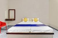 SPOT ON 64097 Varada Residency SPOT