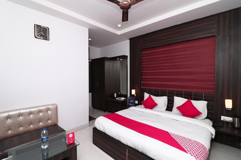 OYO 5189 Hotel East Lite -1