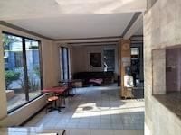 SPOT ON 1971 Hotel Dewi
