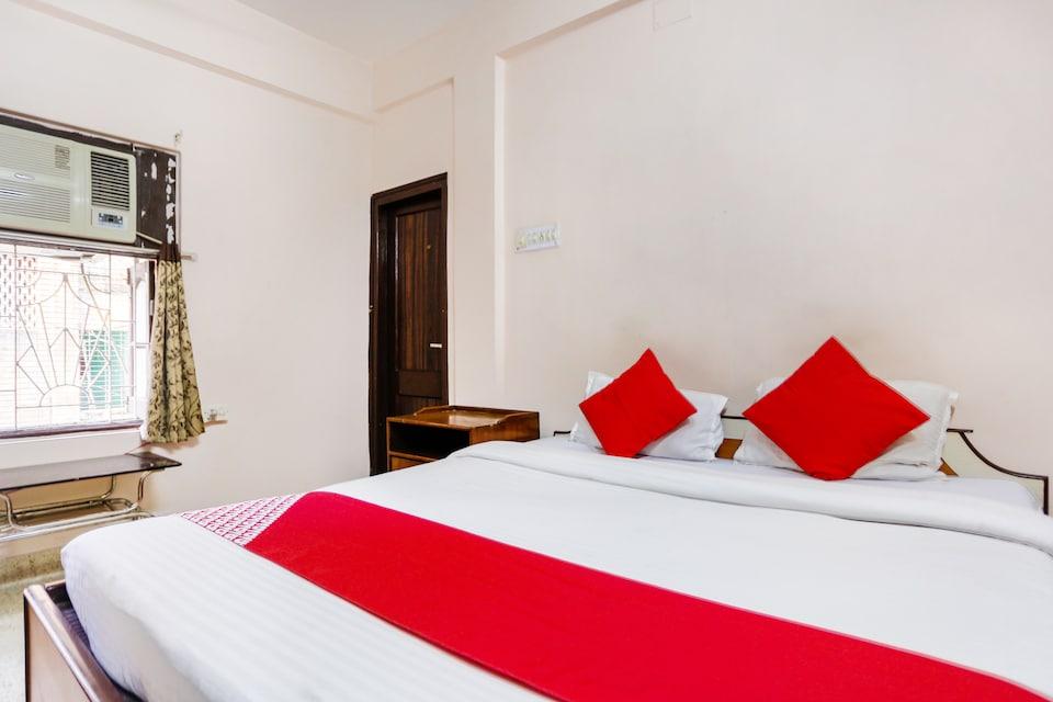 OYO 64123 New Metro Guest House, Gariahat Kolkata, Kolkata