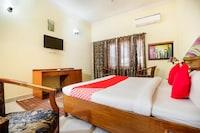 OYO 64127 Hotel Chhatarpur Regency