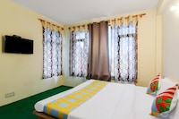 OYO Home 64138 Peaceful Stay Burwa