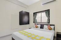 OYO Home 64200 Elegant Flats