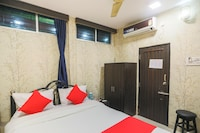 OYO 64202 Shaan Guest House