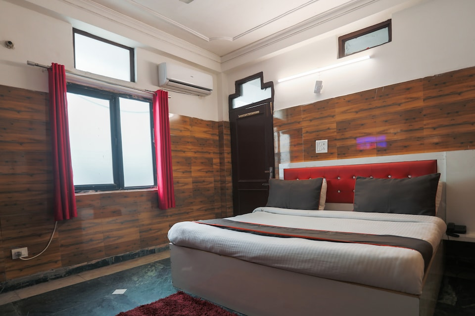 Collection O 50240 Hotel Balram Sector 51 Hoshiyarpur