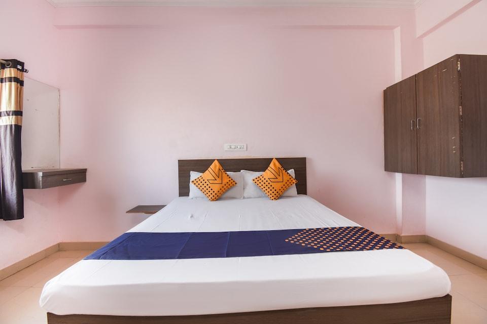 SPOT ON 64212 Hotel Kanyaratna And Lodging
