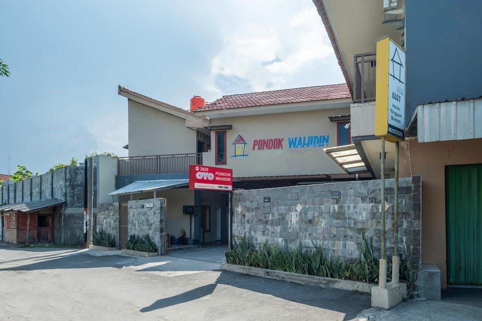 OYO 2025 Pondok Wahidin, Cirebon, Cirebon
