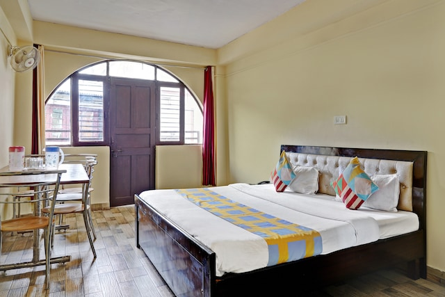 OYO Home 64238 Comfortable Family Suite Mussoorie