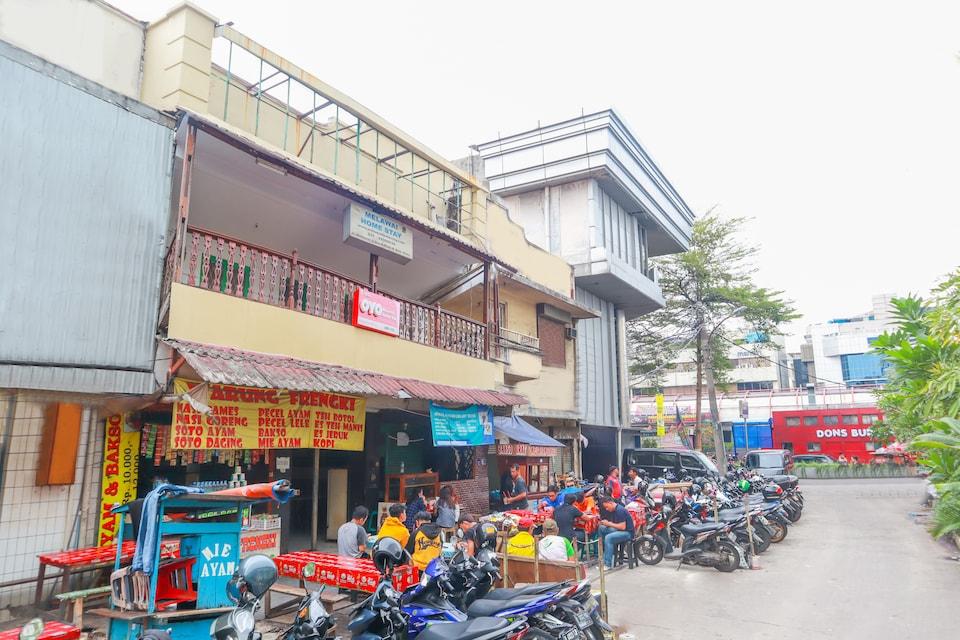 OYO 2030 Melawai Homestay
