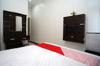 OYO 2038 Jasmine Guest House Balikpapan