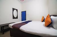 SPOT ON 64263 Hotel Rj SPOT
