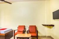 OYO 64277 Hotel Sakuntala
