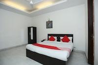 OYO 5216 Aksh Palace