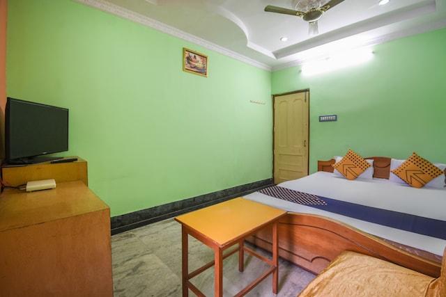 SPOT ON 64296 Hotel Rajamahal SPOT