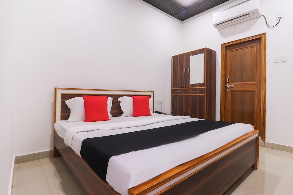 Capital O 64299 Hotel Suncity