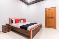 Capital O 64299 Hotel Suncity Deluxe