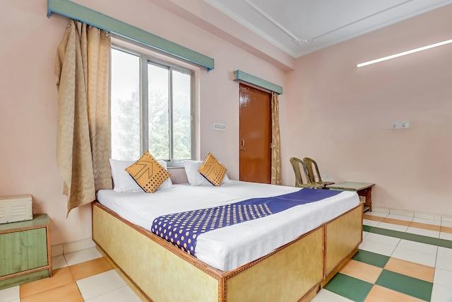 SPOT ON 64302 Jhurmut Hotel & Restaurant SPOT