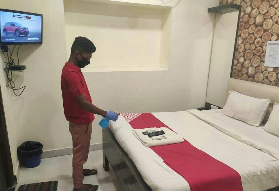 OYO 64311 Hotel Sonali, CA road Gandhibagh Road, Nagpur