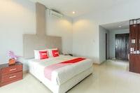 OYO 2073 Grand Inn Hotel Lombok