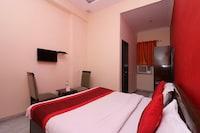OYO 834 Hotel Aashirwaad