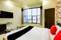 Capital O 64337 Madhuvan Pool And Resort