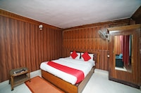 OYO 5227 Hotel New Bharat Deluxe