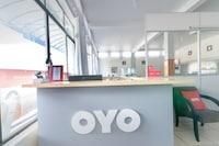 OYO Teuthos Hotel