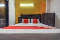 OYO 64351 Hotel R V Regency