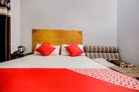 OYO 64424 Hotel Royal Saver