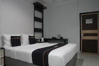 OYO 2104 Hotel Grand Sabrina