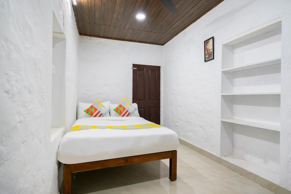 OYO Home 64496 Cozy Stay Pallikaranai