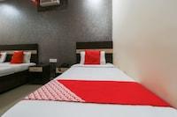 OYO 64499 Hotel Gold Radiance