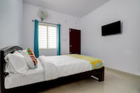 OYO Home 64525 Mishra Suites