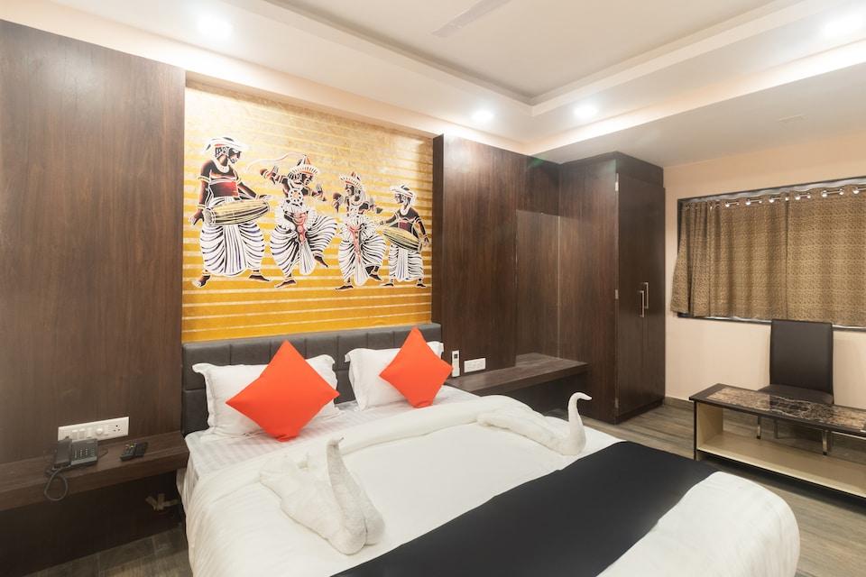 Capital O 64550 Hotel Kuber Inn