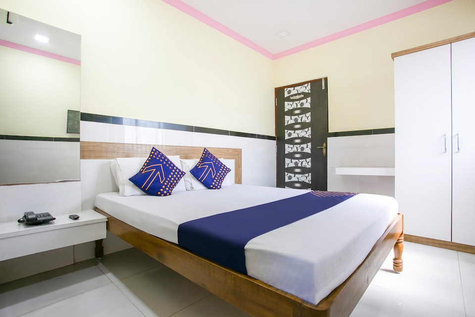 SPOT ON 64587 Hotel Shiv Sagar Residency